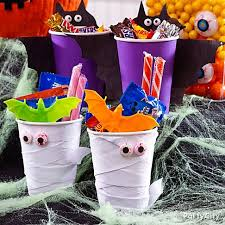 Halloween Party Favors Halloween Treats And Candy Ideas For Kids Party City