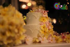 hawaiian pineapple wedding cake