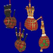 luttrell psalter bagpipes reconstructed with bone chanter