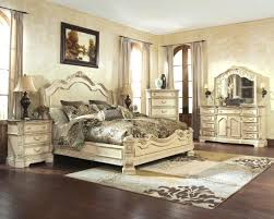 White Wooden Furniture Broyhill Bedroom Furniture The Best Choice For Bedroom Decoration
