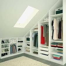 meuble penderie chambre meuble penderie chambre dressing avec armoires sous pente dans