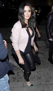 does kyle richards wear hair extensions kyle richards shows off sleek new do stepping out in la daily