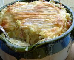 cuisine tartiflette tartiflette alpine melted cheese bacon and potato gratin recipe