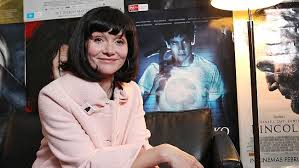 essie davis ob hair actor essie davis at the launch of the babadook at the state