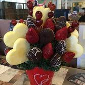 fruit arrangements delivered edible arrangements 23 photos 46 reviews gift shops 3015 d