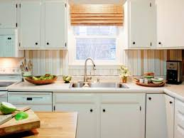 DoItYourself DIY Kitchen Backsplash Ideas HGTV Pictures HGTV - Inexpensive backsplash ideas for kitchen