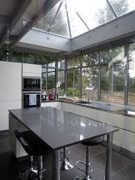cuisine sous veranda veranda cuisine photo affordable cuisine moderne en bton succombez