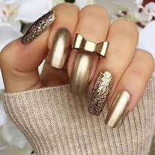 Nail Art Designs For New Years Eve Best 25 Gold Nails Ideas On Pinterest Gold Tip Nails Gold