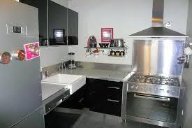 revetement mural cuisine inox revetement mural cuisine inox cuisine design noir et blanche avec