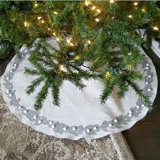15 gorgeous tree skirts that only look expensive hometalk