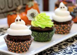 ghoulishly glowing cupcakes with pictures