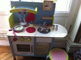 cuisine en bois jouet janod mes coups de coeur janod et kaloo préparez noël and