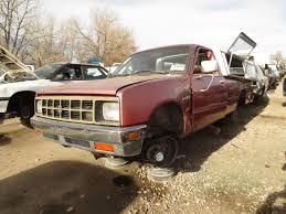 junkyard find 1984 isuzu p u0027up the truth about cars