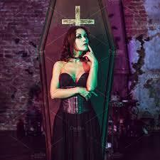 Halloween Entertainment - beautiful and vampire in her mansion halloween arts