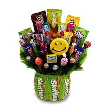 candy gift basket christmas candy gift baskets candy gift ideas