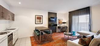 2 Bedroom Accommodation Adelaide Adelaide 3 Bed Deluxe Apartment Miller Apartments Adelaide
