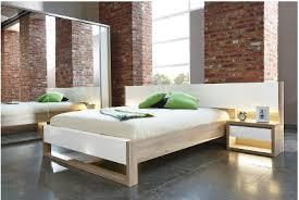 chambre a coucher blanc laque brillant chambre complete adulte design chambre adulte design evere chambre