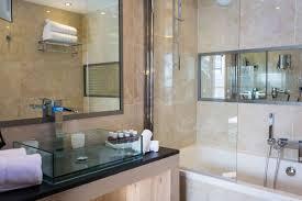 Bathtub 3 Persons Hotel Arc Rentals Hotel Taj I Mah Hôtel Privilege Room Hotel à Arc 2000