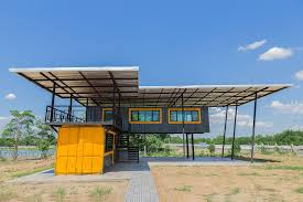construct a traditional home or modify shipping containers for sale