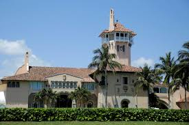 is trump at mar a lago trump administration to share mar a lago visitor records pbs newshour