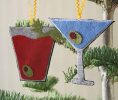 7 fast and festive no sew ornaments seams and scissors
