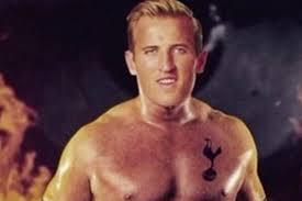 Funny Tottenham Memes - watch tottenham star harry kane discuss his most ridiculous twitter