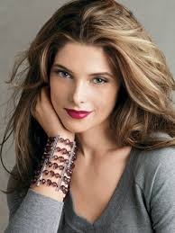 ashley greene with beautiful ombre ashley greene i love her hair color don t know if i could pull