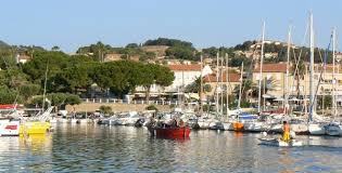 chambre d hote carqueiranne carqueiranne petit port provençal du littoral varois