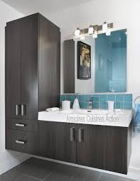 vanité chambre de bain qui a dit que salle de bain des enfants pouvait être banale vanité