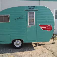 Travel Trailers Rent Houston Tx Don U0027t Buy Adventure Vehicles For Rent Outside Online