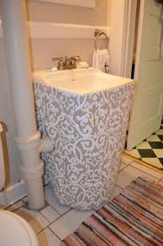 10 easy diy sink skirts