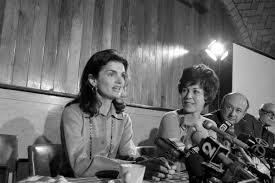 Jackie Kennedy White House Restoration Five Myths About Jackie Kennedy The Washington Post