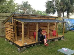 diy pallet kids playhouse projects pallet playhouse playhouses