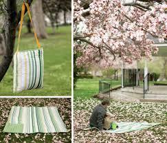 diy blanket 25 diy blankets for the beach pool or picnic