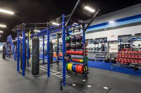 black friday weights crunch gyms will be free for anyone looking to get swole on black