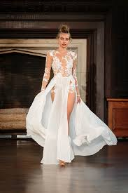 wedding dress nyc berta fall 2017 new york bridal fashion week chic stylish