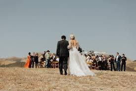 Barn Wedding San Luis Obispo Minimalist San Luis Obispo Wedding At Spreafico Farms Junebug