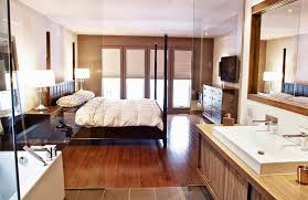 cloison pour separer une chambre suite parentale des idées pour séparer la chambre de la salle de