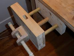 workbench and wooden vice by vakman lumberjocks com