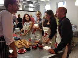 cuisine des chef cupcake lessons at l atelier des chefs