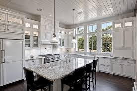 fantastic kitchen please tell me height of backsplash under