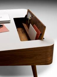 Schreibtisch Aus Eiche Ak 1330 Schreibtisch Schreibtische Von Naver Collection Architonic