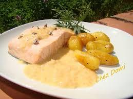 cuisine pav de saumon pavé de saumon au beurre blanc domi vous ouvre sa porte