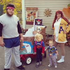family halloween costumes for 3 funny family halloween costumes popsugar moms