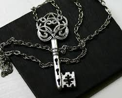 antique silver key necklace images Skeleton key necklace in antique silver steampunk jpg