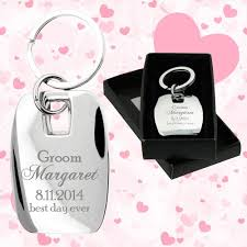 keychain favors customized wedding favors messina metal keychains wedding