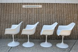 vintage mid century modern tulip base dining arm chairs saarinen