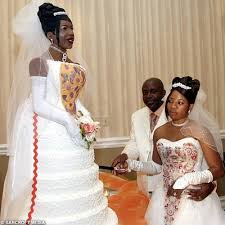affordable wedding cakes cheap wedding cakes what are the disasters