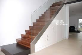 einbauschrank unter treppe treppe einbauschrank