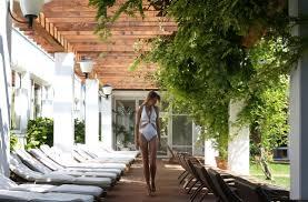 designing a mediterranean garden apartment loversiq